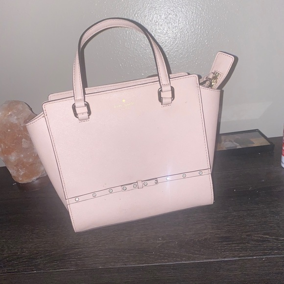 kate spade Handbags - Kate spade tote great condition